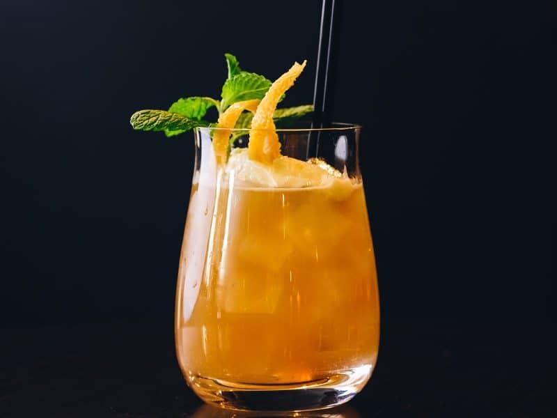 eichardts-grille-signature-cocktails